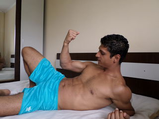 Voir le liveshow de  Alexselim85 de Livejasmin - 27 ans - I am Alex working Diver and am gay Bi like to stay in Jasmin for real sex with horny gays an ...