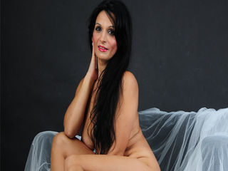 Watch BeautyoftheWeb Live On Cam