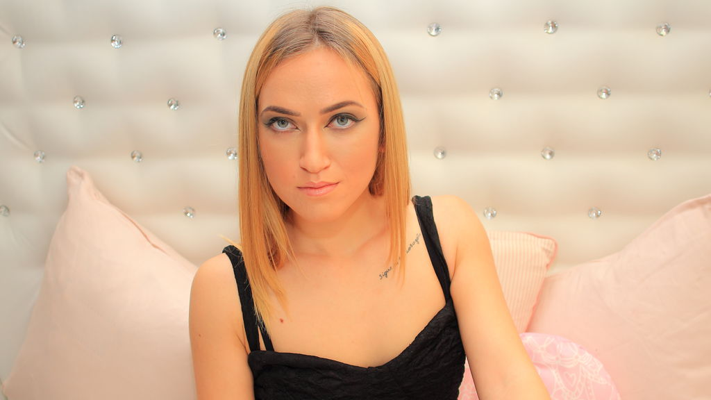 Aelenna online at GirlsOfJasmin